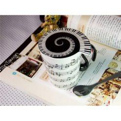 Mug and lid horizontal music staves