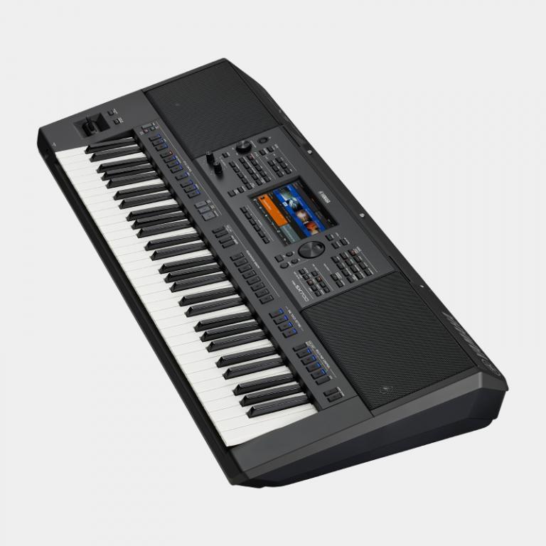 Yamaha PSR-SX700 Arranger Workstation